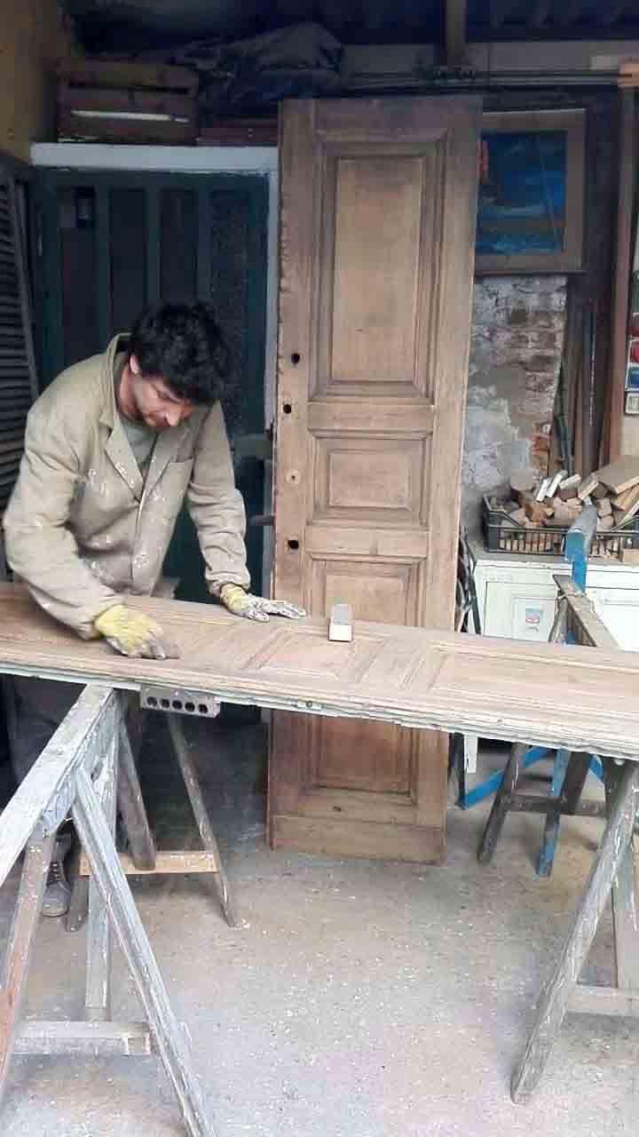 Foto Di Porte Antiche restauro di porte antiche - falegnameria berardi