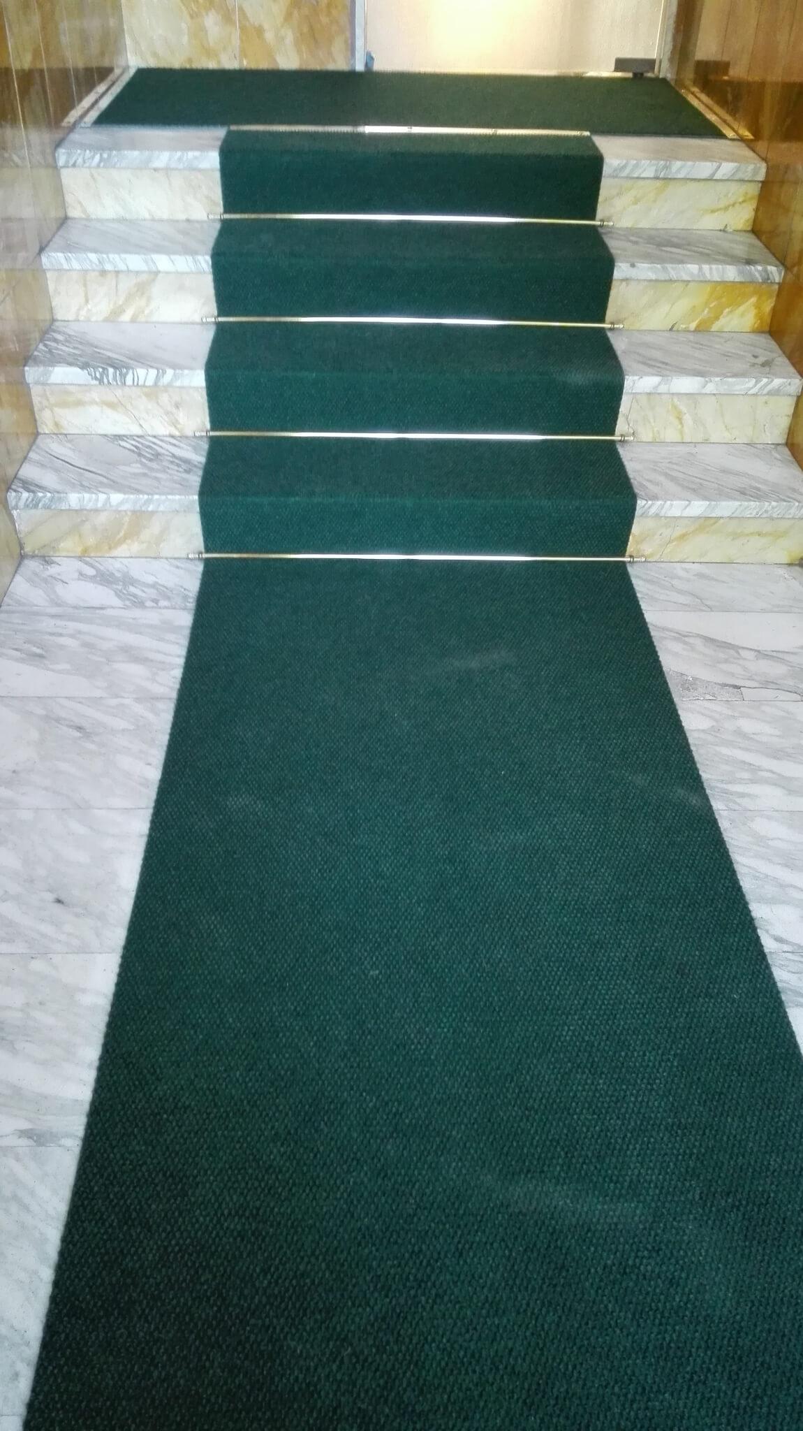 Posa di moquette eseguita dalla Falegnameria Berardi a Torino